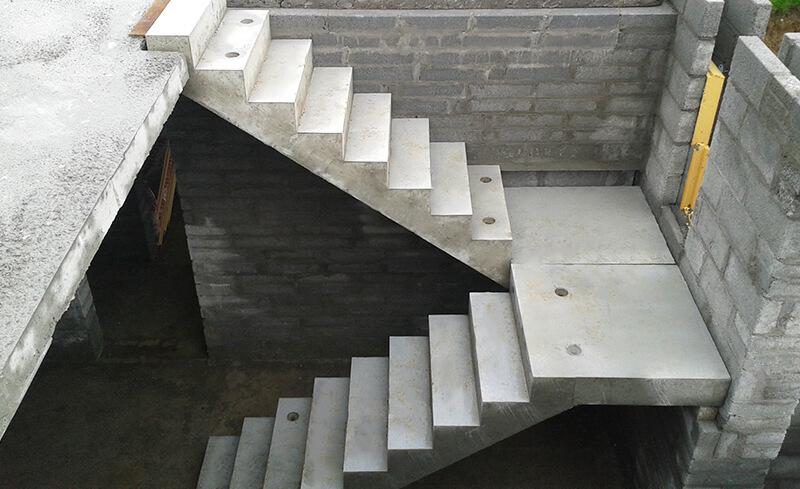 Scale in muratura: la sicurezza durante la costruzione