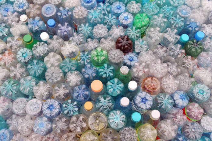 Ordinanza Puglia plastica