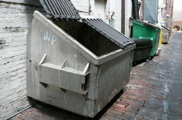 Raccolta e trasporto di rifiuti urbani