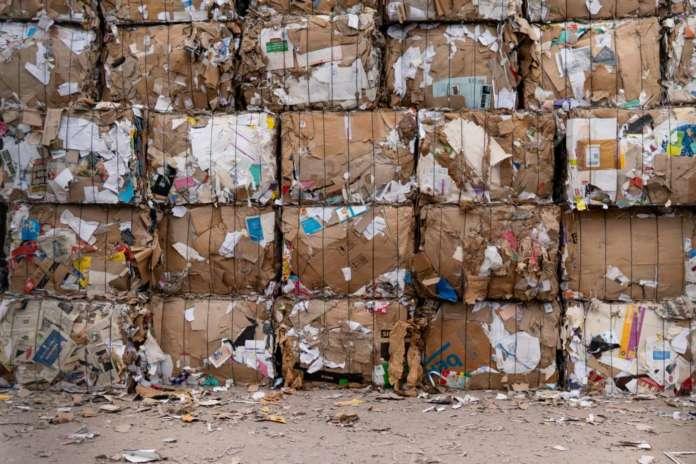 Stoccaggio e trattamento dei rifiuti